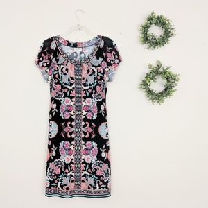 ECI | Floral Stretch Short Sleeve Shift Dress 10